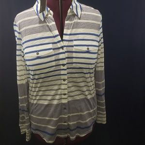 Womens NWT Daisy Fuentes Button Up Shirt